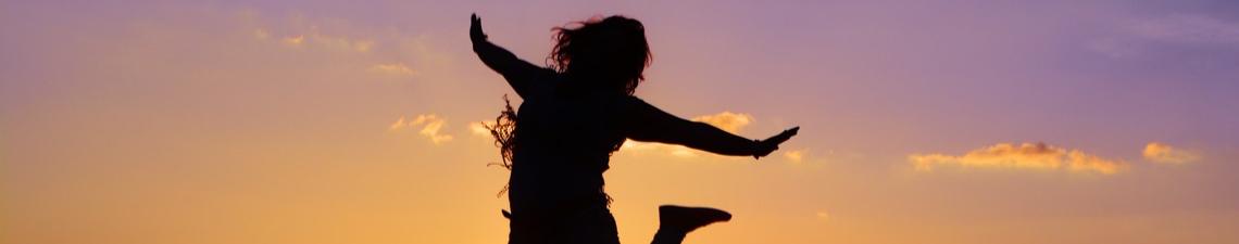<b>Żyj Pozytywniej! Psychologia szczęścia i emocji pozytywnych</b>